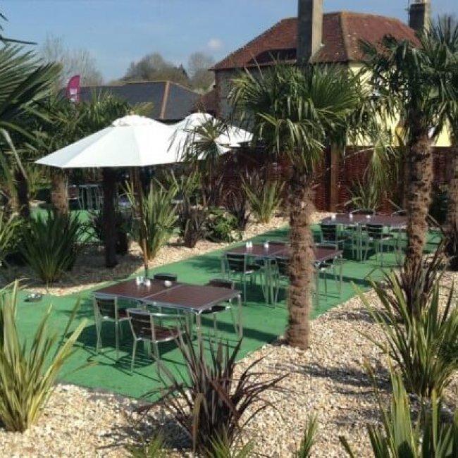 Riverside Tea Rooms & Boat Hire