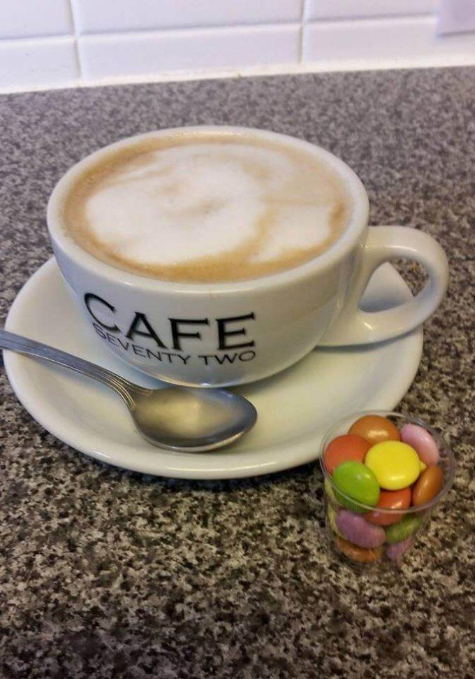 Cafe 72
